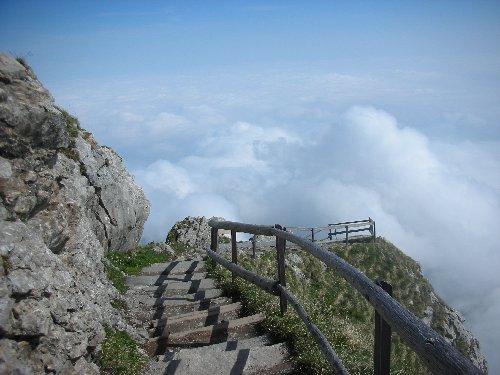 way to Heavens - راه به سوی آسمانها