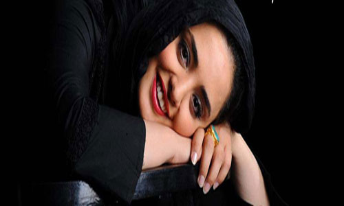 http://s1.picofile.com/file/7720817418/narges_mohammadi02.jpg