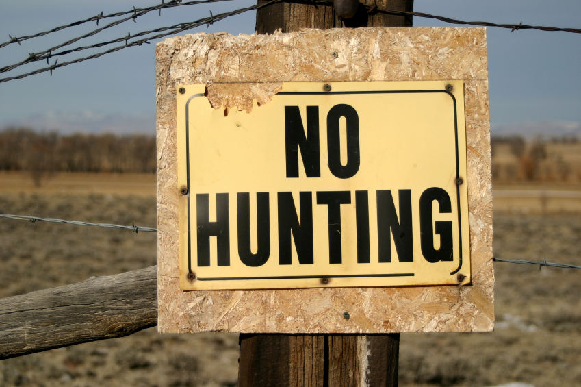 [تصویر:  No_Hunting_Sign.jpg]