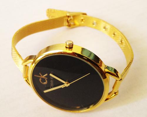 خرید ساعت زنانه طلایی