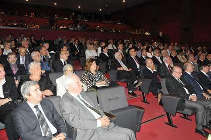 هشتمین کنگره جهانی تورکولوژی در دانشکده ادبیات دانشگاه استانبول با حضور استاد دکتر حسین محمدزاده صدیق