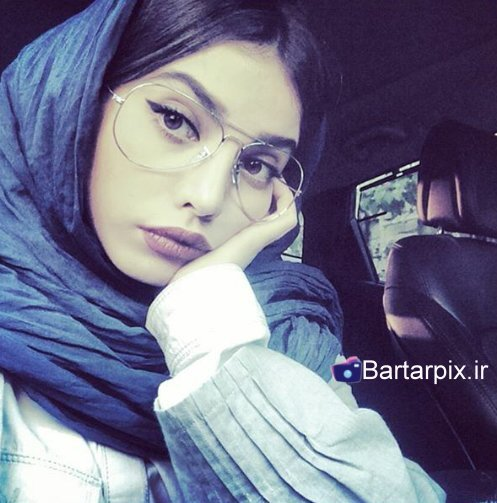 http://s1.picofile.com/file/8227644300/www_bartarpix_ir_saharnaz_oftadeh_3_.jpg