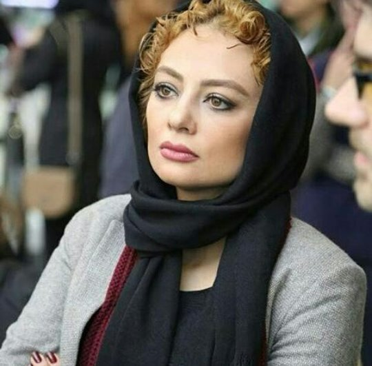 http://s1.picofile.com/file/8227884068/www_bartarpix_ir_yekta_naser_azar94_2_.jpg