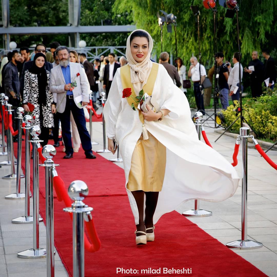 عکس ژاله درستکار در شانزدهمین جشن حافظ