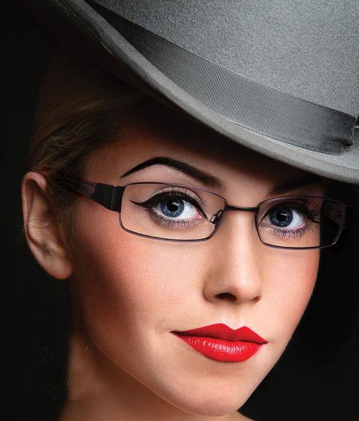 عینک طبی زنانه
