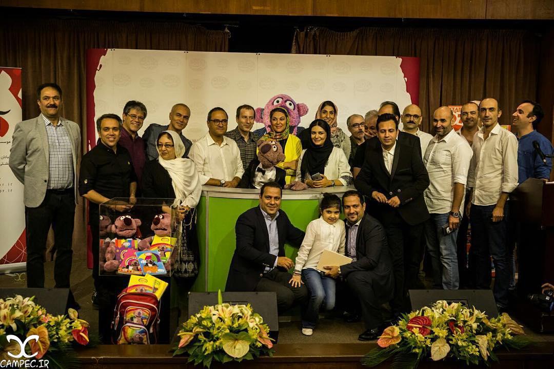 هنرمندان در مراسم رونمایی از عروسک جناب خان