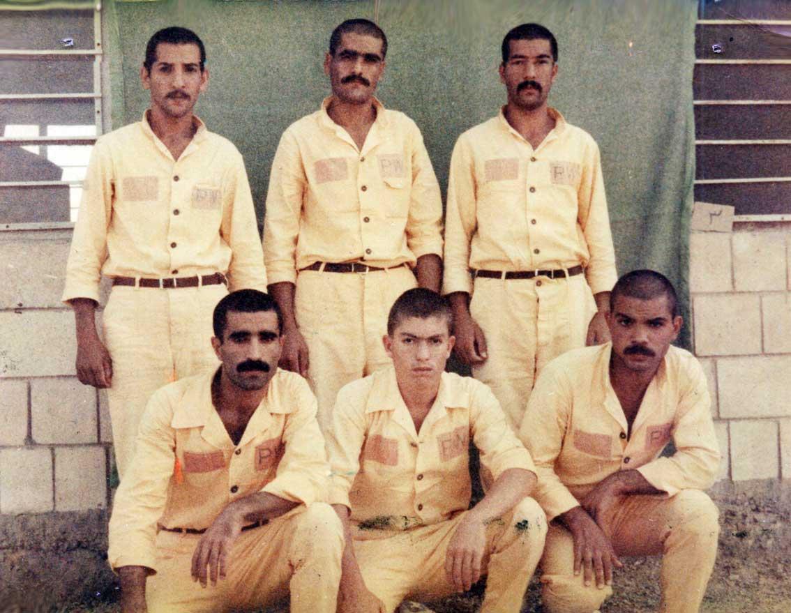 جناب آقای ابوالقاسم احمدی قاضی جهانی یکی دیگر از آزادگان سرافراز کشورمان از قاضی جهان در زندان الرمادیه بغداد