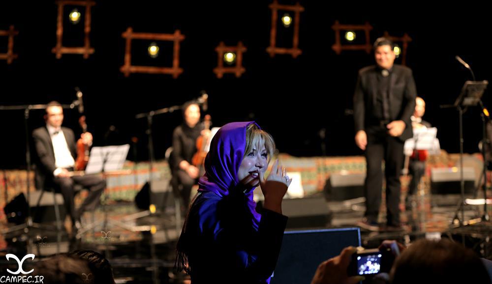 نیوشا ضیغمی در کنسرت سالار عقیلی