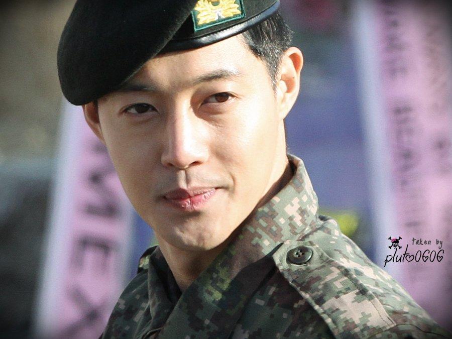 [HD Fanpics] KHJ Military Discharge Day [2017.02.11]