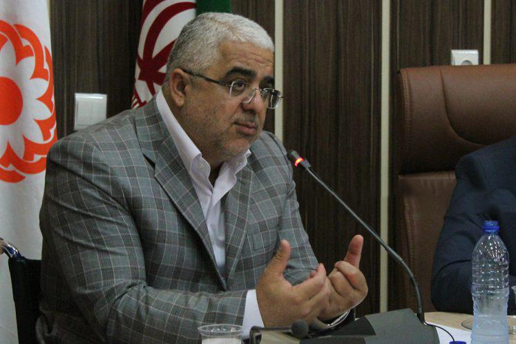 مصوبه مجلس حقوق مقامات را نظاممند کرده است/جلوگیری از حقوقهای نجومی با اقدام بهموقع مجلس/ بازهم باید بازنگری شود
